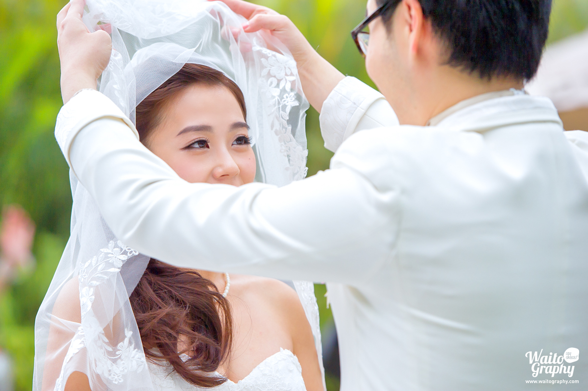 the moment captured by hk wedding photographer