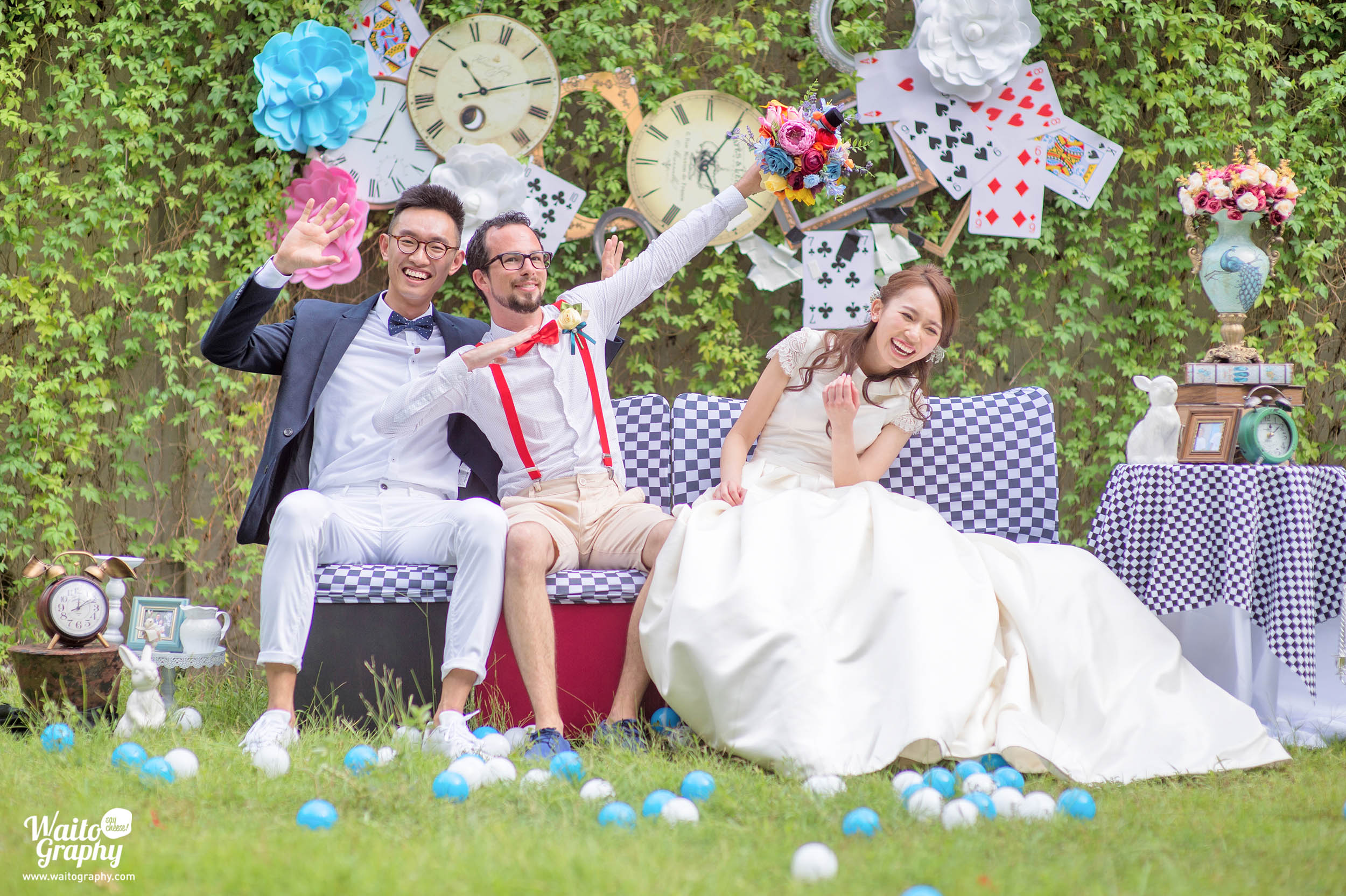 Beautiful lawn wedding at Hong Kong Zero Carbon Building captured by Hong Kong wedding photographer