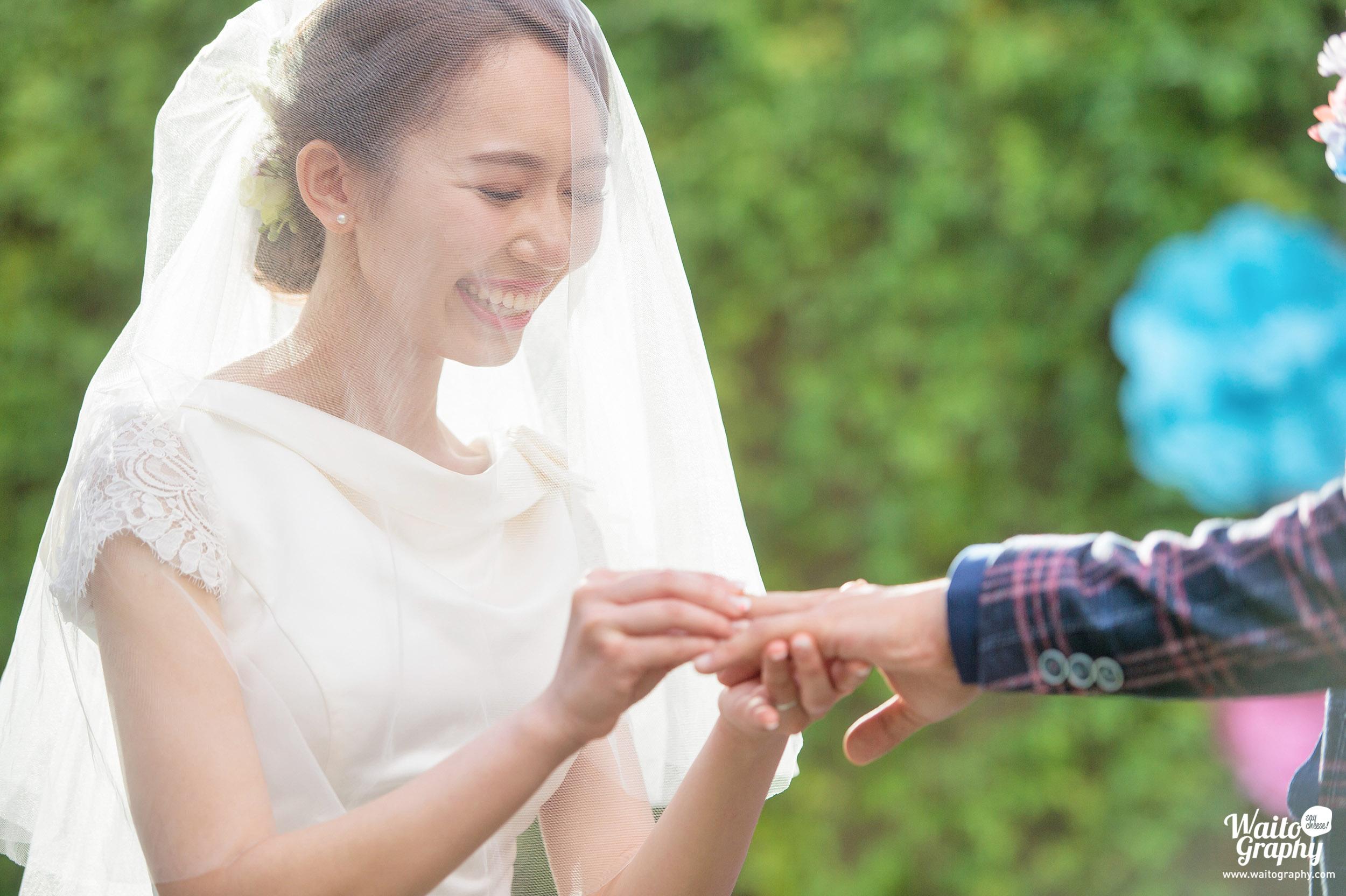Bride's Joyous wedding moment at HK ZCB Zero Carbon Building captured by hk wedding photographer